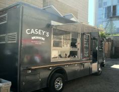 Casey's Pizza Truck Has a Proper Oven, Not Just a Pair of Grills - SFoodie