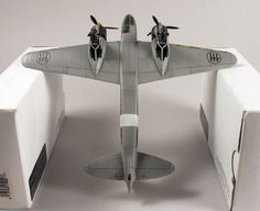 "FIAT CR.25 by ""DEAD"" (Special Hobby 1:72)"