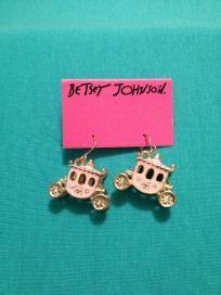 Betsey Johnson Sweet Carriage Dangle Earrings!