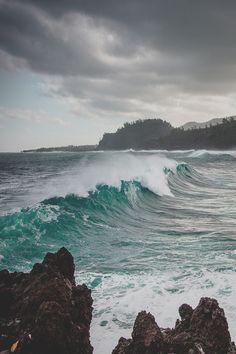 Sea Storm in Indian Ocean 01.09.2014