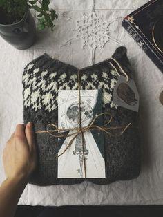 Wood Folk Knits - Julia Reddy - Tolt Yarn and Wool Wood Folk Knits - Julia Reddy - Tolt Yarn and Wool Fair Isle Knitting, Hand Knitting, Knitting Patterns, Sweater Patterns, Icelandic Sweaters, Knit Basket, Hand Knitted Sweaters, Knit Shirt, Crochet Projects
