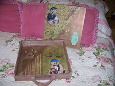 UnBearably Cute storage box with reversible sliding lid. Photo 2 of Cute Storage Boxes, Artsy, Crafts, Manualidades, Handmade Crafts, Craft, Arts And Crafts, Artesanato, Handicraft