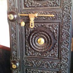 Door detail at Kerala Kalamandalam Deemed Univ of Art&Culture