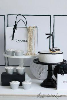 Liebesbotschaft: Chanel Birthday Party