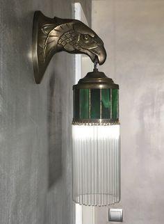 Buy now at allegro.pl for PLN - Art Deco wall lamp Eagle lamp with Kup teraz na allegro.pl za zł – Kinkiet w Stylu Art Deco Lampa Orzeł z … Buy now on Cocina Art Deco, Casa Art Deco, Art Deco Kitchen, Lampe Art Deco, Art Deco Bathroom, Art Deco Stil, Art Deco Home, Bathroom Vintage, Kitchen Design