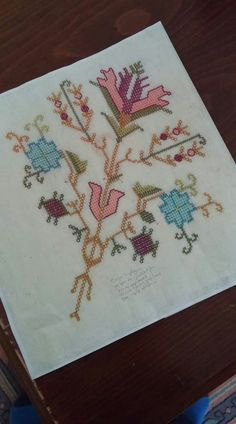 Diy And Crafts, Folk, Cross Stitch, Embroidery, Turkish Style, Salons, Design, Seed Beads, Hardanger