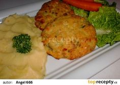 Filet z tresky s vinnou omáčkou Fish Recipes, Meat Recipes, Fish And Meat, Omelet, Baked Potato, Mashed Potatoes, Food And Drink, Menu, Chicken