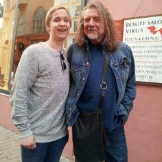 Robert Plant and fan | 15 Jun 2014