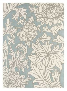 Chrysanthemum China Blue Medium Rug (221710) - Morris Rugs - An elegant hand tufted, 100% wool rug featuring the timeless Chrysanthemum design from William Morris. Shown here in the china blue colourway. Other colourways are available. Total rug size is 170cm W x 240cm L.