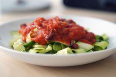paleo-zucchini-tagliatelle