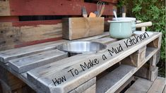 As summer draws to a close and autumn starts to creep in, I have the perfect make for you. How to make a mud kitchen out of pallets.