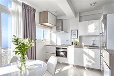 KMS Properties - Interior designed apartment frontline beach of Estepona