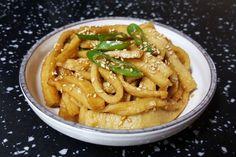 Korean Food, Apple Pie, Meat, Chicken, Desserts, Food Food, Tailgate Desserts, Deserts, Korean Cuisine