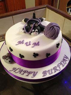 Cat and mouse birthday cake