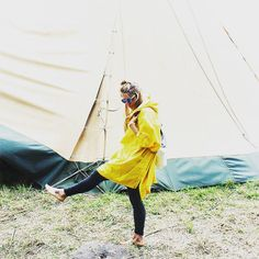 We love how Fashion Blogger Julia-Maria from Nicetohavemag has styled our wonderful festival poncho at Meltfestival.