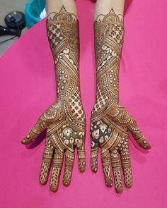 Bridal Front Hand Mehndi Designs from Shainaaz Mehendi - Fashion Indian Henna Designs, Wedding Mehndi Designs, Dulhan Mehndi Designs, Stylish Mehndi Designs, Beautiful Mehndi Design, Best Mehndi Designs, Mehandi Design For Hand, Hand Mehndi, Mehndi Design Pictures