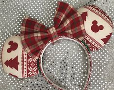 Disney Inspired Ugly Christmas Sweater Mickey / Minnie Mouse Ears - The Trend Disney Cartoon 2019 Disney Diy, Diy Disney Ears, Disney Mickey Ears, Disney Crafts, Disney Ideas, Disney Nerd, Disney Stuff, Disney Magic, Disney Parks