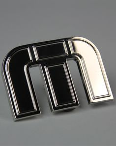 icon buckle gunmetal by travis mathew
