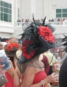How to Create a Kentucky Derby Hat thumbnail
