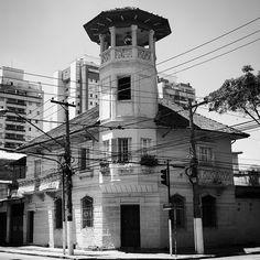 Mansion at Leais Paulistanos street, Sao Paulo - Brazil