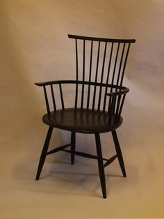 https://i.pinimg.com/236x/68/e4/4b/68e44b3a0c2e8b7d3f72878f79182991--windsor-chairs-shaker-style.jpg