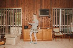 Julia Jacklin announces debut album reveals single 'Coming Of Age' Julia Jacklin, Gillian Welch, Indie, Josie And The Pussycats, Surprises For Her, Interview, Win Tickets, The Great Escape, Music Promotion