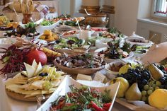 #harvestday Events, Table Decorations, Furniture, Home Decor, Decoration Home, Room Decor, Home Furnishings, Home Interior Design, Dinner Table Decorations
