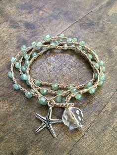 Verde espuma de mar ganchillo Wrap Pulsera, Beachcomber rústico estrella de dos hermanas plata de cuentas
