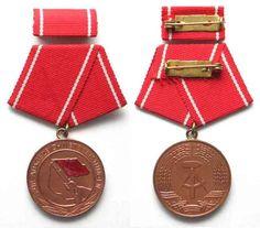 1965 DDR - Orden und Abzeichen GERMAN DEMOCRATIC REPUBLIC medal of Combat Groups…