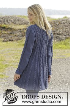 """Morning Glory - Knitted DROPS jacket with cables and shawl collar in """"Karisma"""". Size: S - XXXL. - Free pattern by DROPS Design Knitted Coat Pattern, Knit Cardigan Pattern, Crochet Coat, Sweater Knitting Patterns, Coat Patterns, Jacket Pattern, Knitting Designs, Crochet Clothes, Free Knitting"""