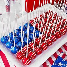 Patriotic Cake Pops by Party City - and other great Memorial Day, Fourth of July and Labor Day recipes for a patriotic party! Of July Cake Pops) 4th Of July Desserts, Fourth Of July Food, 4th Of July Party, Patriotic Desserts, Patriotic Party, Blue Desserts, Fourth Of July Recipes, Patriotic Cupcakes, Fourth Of July Cakes