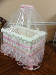 Unique Decoration for Baby Shower or Gift/ Elegant Diapers Crib/ Beautiful Pink Cradle/ Baby Girl Crib/ Centerpiece Crib/ Baby Shower Gift - Shower bebe - Baby Tips Baby Shower Deco, Baby Shower Crafts, Baby Shower Diapers, Baby Shower Parties, Baby Shower Themes, Shower Gifts, Baby Showers, Girl Cribs, Baby Cribs