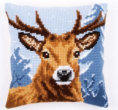 #deer #vervaco #crossstitch #cushion #winter