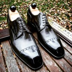 See related links to what you are looking for. Ascot Shoes, Black Shoe Boots, Older Mens Fashion, Bright Shoes, Gentleman Shoes, King Fashion, Pinstripe Suit, Kinds Of Shoes, Dream Shoes