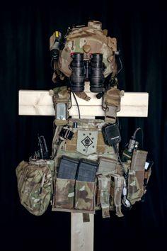 CPC Tactical Life, Tactical Vest, Tactical Survival, Survival Gear, Plate Carrier Setup, Special Forces Gear, Battle Belt, Army Gears, Weapon Storage