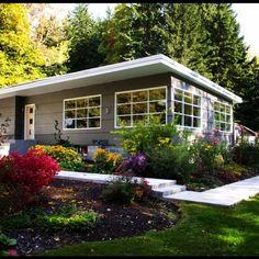 Most popular modern dream house exterior design ideas 00029 Exterior Paint Colors For House, Dream House Exterior, Paint Colors For Home, House Colors, Paint Colours, Mid Century Ranch, Mid Century House, Modern Exterior, Exterior Design