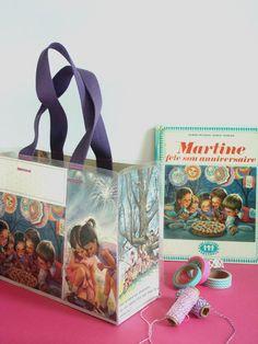 DIY / Tuto ★ Sac Martine cousu avec des pages de livre plastifiées. www.tadaam.fr