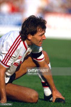 Retro Football, Football Kits, Bryan Robson, Man United, World History, Manchester United, Legends, Religion, Van