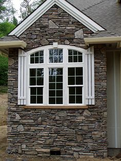 Stone Facing and Stone Veneer provide homeowners with the distinct look that adds quality and aesthetic value to your home. Working with our experts at TriCounty Exteriors will ensure that you receive quality craftsmanship that lasts. Stone Exterior Houses, Exterior Siding, Stone Houses, Exterior Homes, Stacked Stone Panels, Faux Stone Panels, Stone Porches, Patio Stone, Rambler House