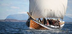 """No Wool, No Vikings. Viking ship sails were made from handspun wool yarn! """"The fleece that launched ships"""" from Hakai Magazine. Vikings Time, Norse Vikings, Viking Garb, Viking Ship, Fjord, Sailing Outfit, Trondheim, Imagines, Ancient Egypt"""