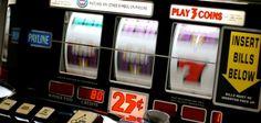 """Eine Glückssträhne wie sie im Buche steht erlebte ein Spieler aus Zürich im Swiss Casino Zürich. Für den Spieler selber ist das eigene Glück bis heute kaum zu fassen, denn viermal in Folge, bei unterschiedlichen Besuchen im Casino, gewann der Spieler den """"Hot and Wild""""-Jackpot mit jeweils einer Summe rund um 20.000 Franken. Die Glückssträhne des Spielers begann am 28. März dieses Jahres, als der Spieler bei seinem Besuch im Swiss Casino Zürich das erste Mal den """"Hot & Wild""""-Jackpot knackte…"""