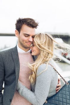 This urban London engagement is romantic as can be | Miss Gen Photography