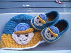 Crochet Bear Hat, Crochet Baby Shoes, Crochet Slippers, Baby Girl Boots, Baby Boy Dress, Baby Booties, Newborn Crochet Patterns, Cute Baby Shoes, Baby Crafts
