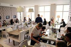 Rivièra Maison East Coast Café Den Haag East Coast, Den, Dining Bench, Furniture, Home Decor, Homemade Home Decor, Decoration Home, Table Bench, Room Decor