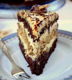 "Tort delicios ""Halva"" – un desert deosebit de savuros! Sweet Recipes, Cake Recipes, Dessert Recipes, Polish Desserts, Polish Recipes, Sweets Cake, Cupcake Cakes, Torta Recipe, Russian Cakes"