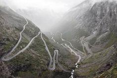 📍 Trollstigen road - 📸 Rasmus Hjortshøj | Discovered via Mustsee - http://mustsee.earth