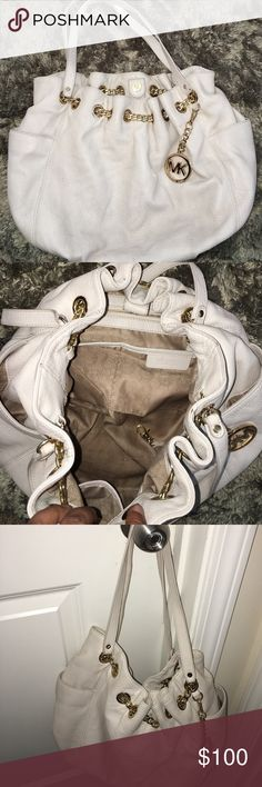 ✨Buy Now!Cream Leather MK Bag✨ Authentic!!! Great condition, no visible marks! ☺️☺️ Michael Kors Bags Hobos