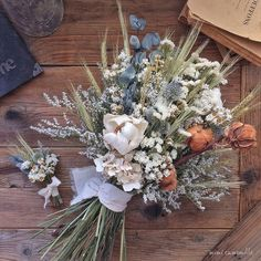 Hand Bouquet Wedding, Fall Wedding Flowers, Bridal Flowers, Wedding Bouquets, Dried Flower Bouquet, Blue Bouquet, Floral Bouquets, Dried Flowers, Wedding Table Decorations