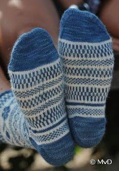 Blij dat ik brei: Zeeuwse sokken Knitting Socks, Knit Socks, Bunt, Gloves, Tights, Slippers, Crochet, Hats, Pattern