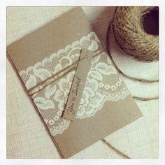Rustikale Hochzeitseinladungen und RSVP Karten - rustikale Vintage Lace